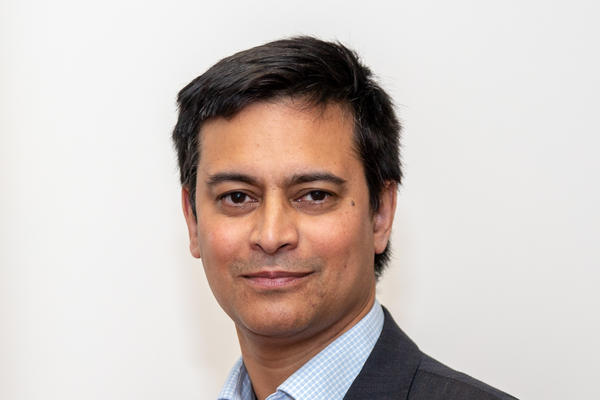 rana mitter headshot photo